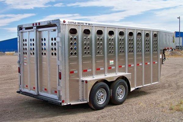gooseneck length 16 pic 1 - Merritt Trailer - livestock trailers for sale Alberta