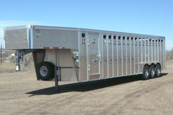 gooseneck length 32 pic 5 - Merritt Trailer - livestock trailers for sale Alberta
