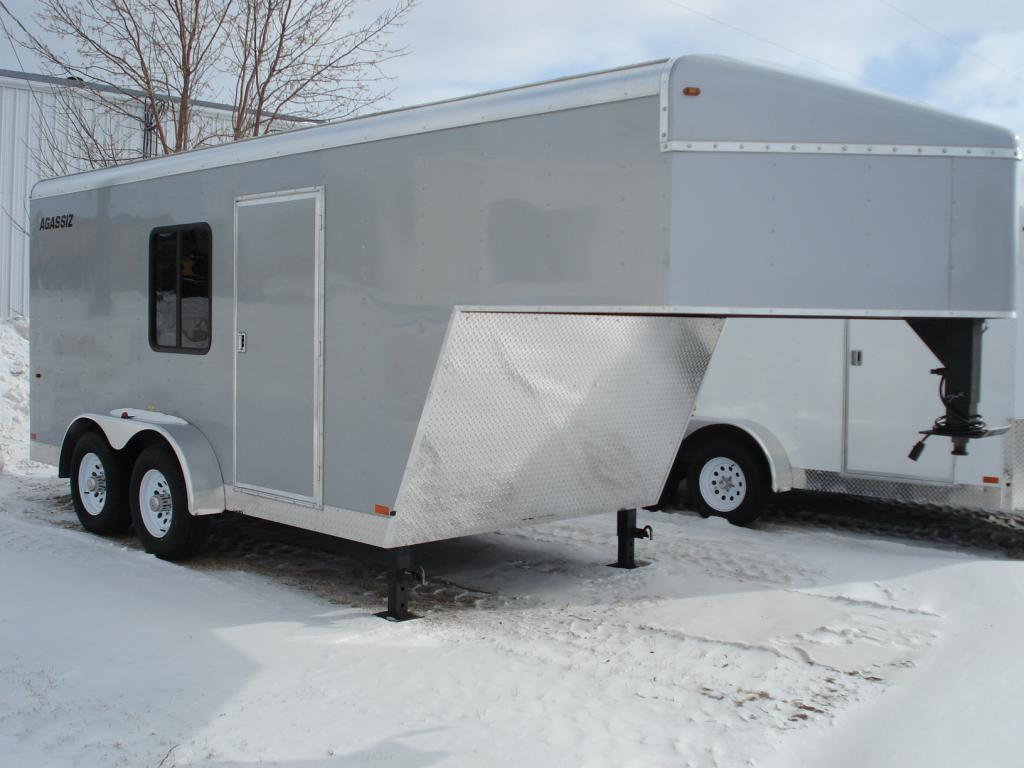 img 109 pic mm - Agassiz Trailer - 	livestock trailers for sale Alberta