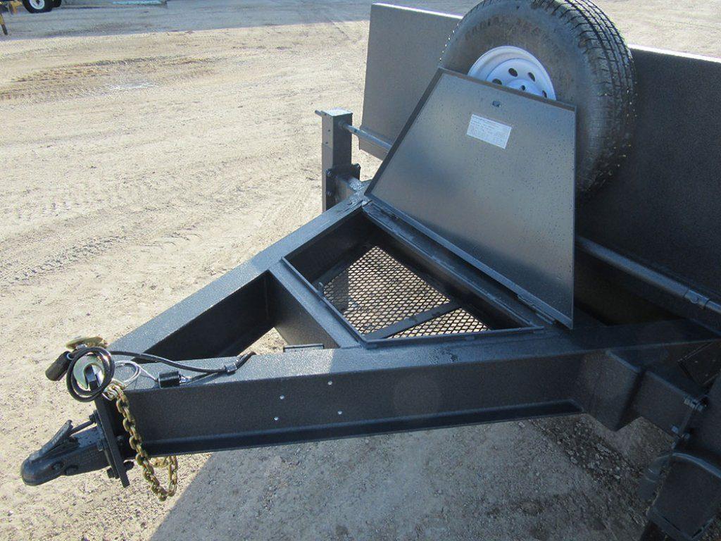 pintlehitch 07 pic J 1 1024x768 - Precision Trailer - livestock trailers for sale Alberta